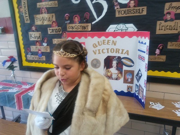 Staff photo by Wendy Burton<br /> Makyla Boulware, a fourth-grader at Grant Foreman Elementary, portrays Queen Victoria during the Living Wax Museum project held Monday.