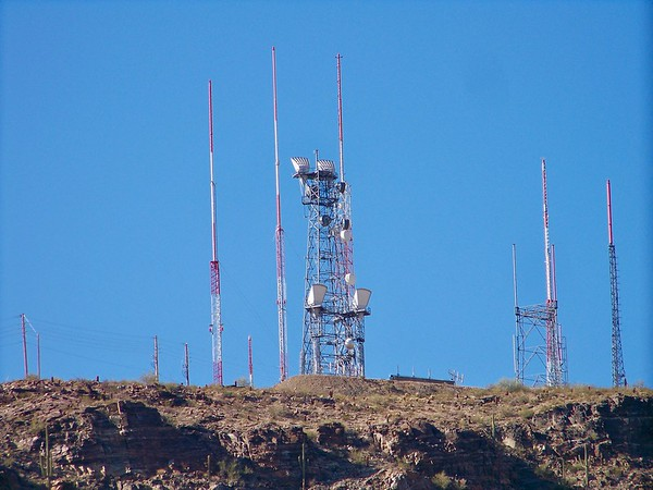Television and radio transmitters atop Mount Suppoa (2009)