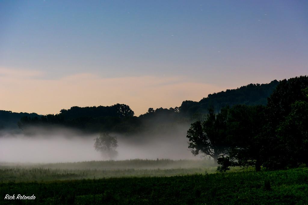 IMAGE: https://photos.smugmug.com/Phoenixville/Valley-Forge-Park/i-VGRvBhS/0/c15394a7/XL/DSC_6959-XL.jpg