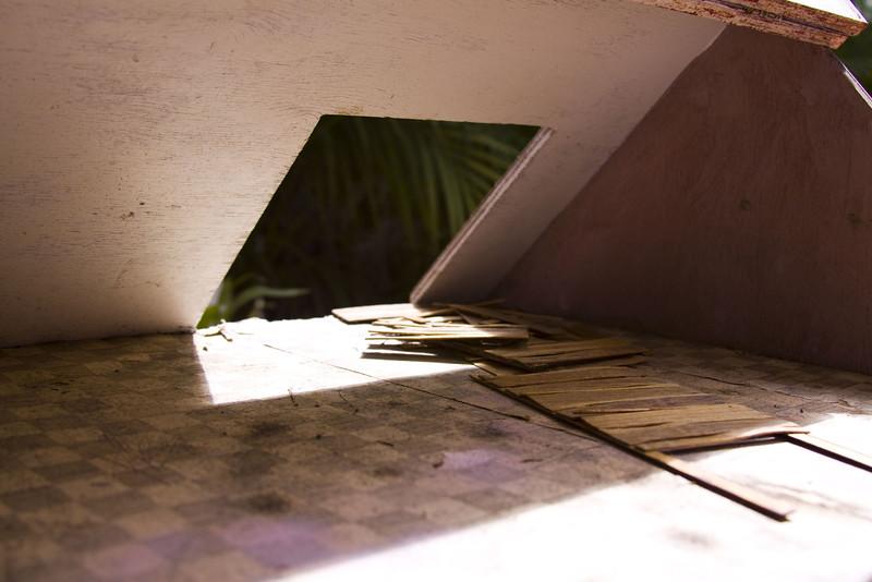 la casa I, 2009<br /> archival pigment print <br /> 8 x 12 inches (20 x 30 cm)