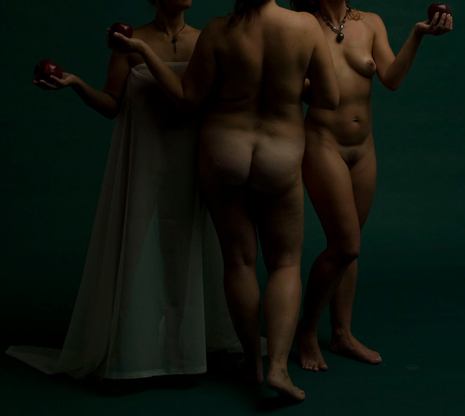 Tableaux, after Three Graces, Raffaello Sanzio, 2008<br /> archival pigment print <br /> 28 x 40 inches (70 x 100 cm)