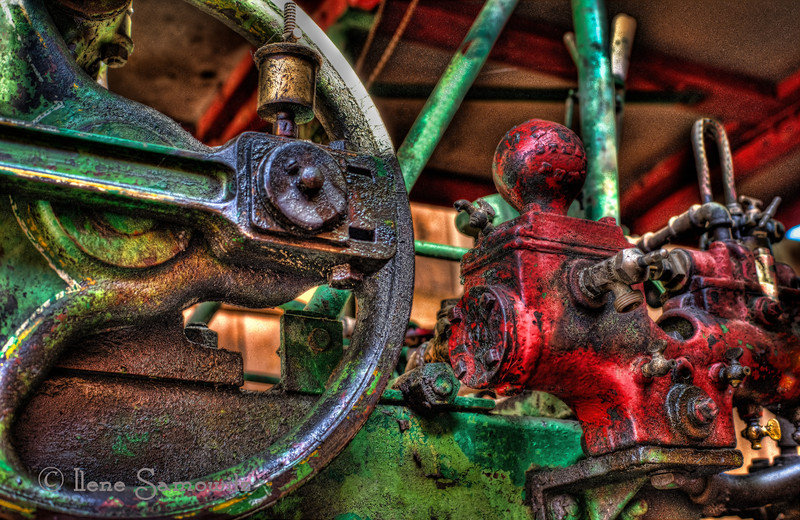 7-4-12 Dufur Details - close in study of some abandoned machinery at Dufur, Oregon