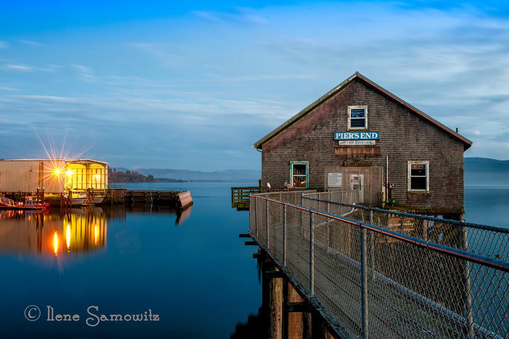 3-28-13 Garibaldi Fishing Pier 30 sec exposure