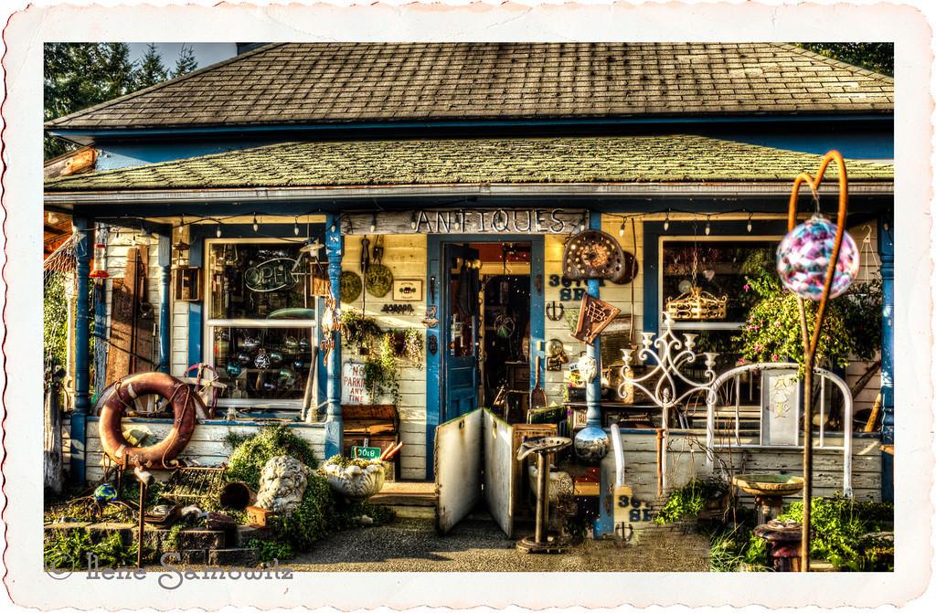 9-12-13 Antiques on Washington Highway 2