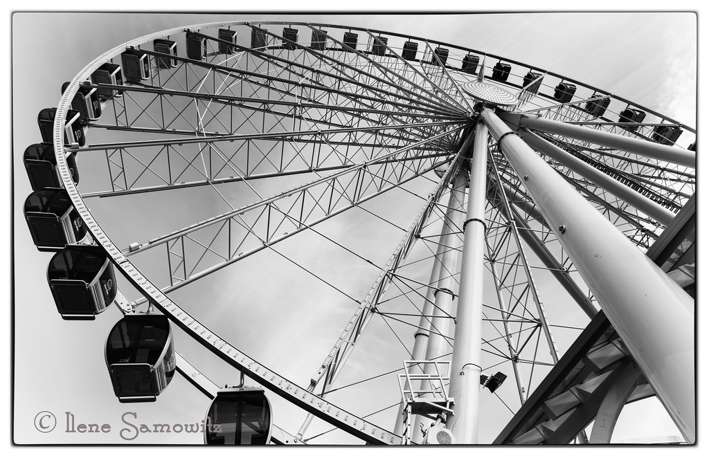 6-6-13 Ferris Wheel - this was shot last night after I had a wonderful dinner with fotoeffects (Judy Horton and Phil).  We had a really nice time talking photography, RV, and travel.  Then to top it off we did some shooting in some nice light.