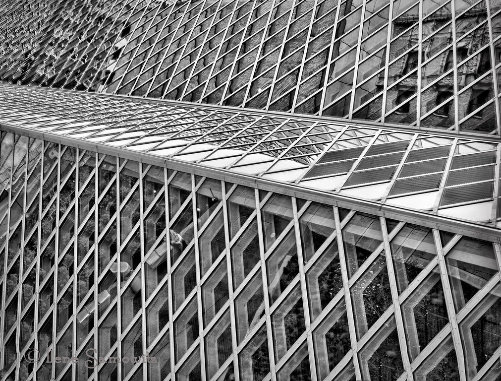 7-31-13 Seattle Public Library in Black and White