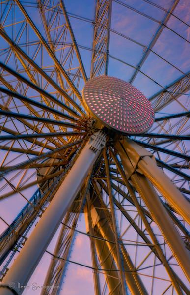 9-27-13.  Ferris Wheel lines