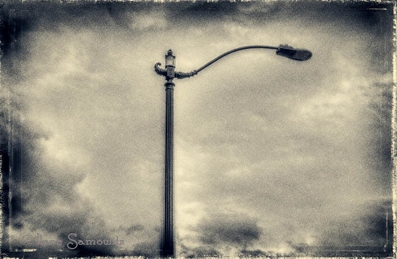 R for Judy's challenge. This is a streetlight in downtown Seattle. Processed using OnOne Software.