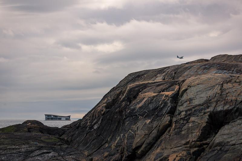 floating between the rocks