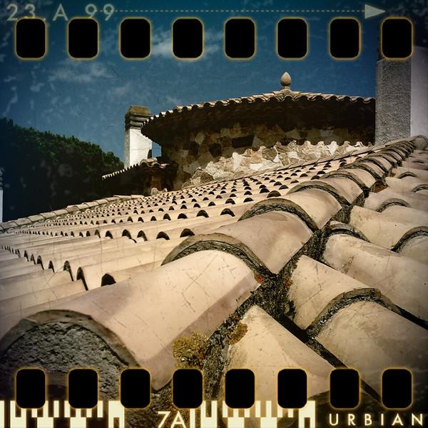 August 27th II: House roof in St. Feliu de Guixols