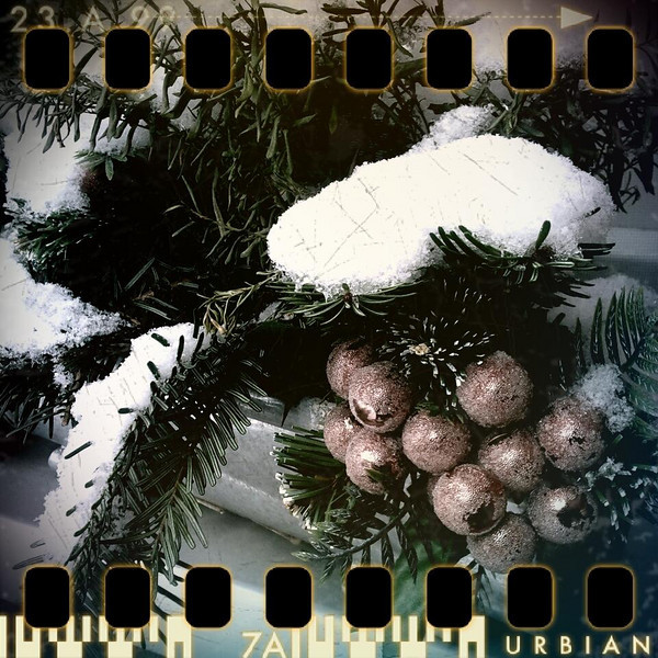 December 19th I: Christmas decoration, outside
