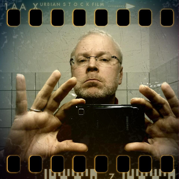 December 11th: The photographer and his tool (self-portrait)