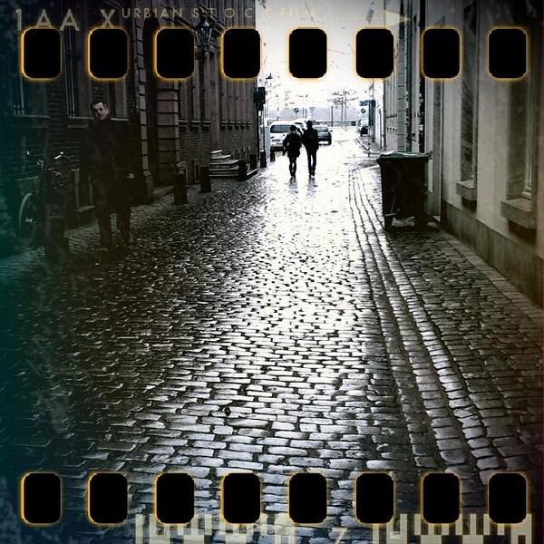 November 23rd: Wet cobbled street in Dsseldorf