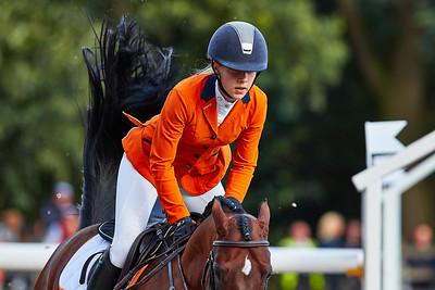 Pam Nieuwenhuis (NED)