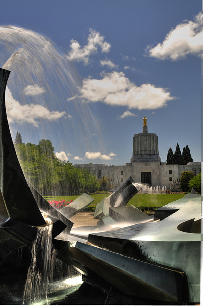 Water Feature at Oregon State Capital HDR Bill Vollmer