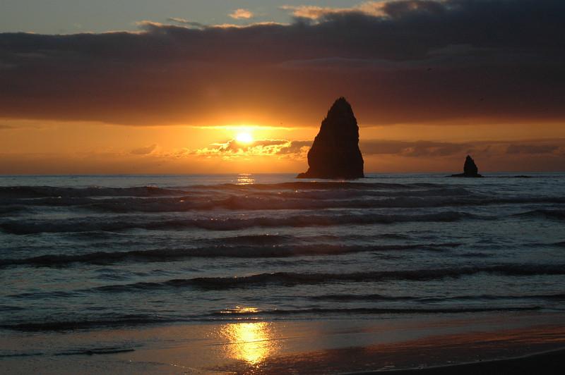 Cannon Beach sunset - Bill Vollmer