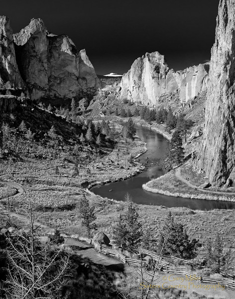 Smith Rocks State Park - Central Oregon - Sisters Country Photography