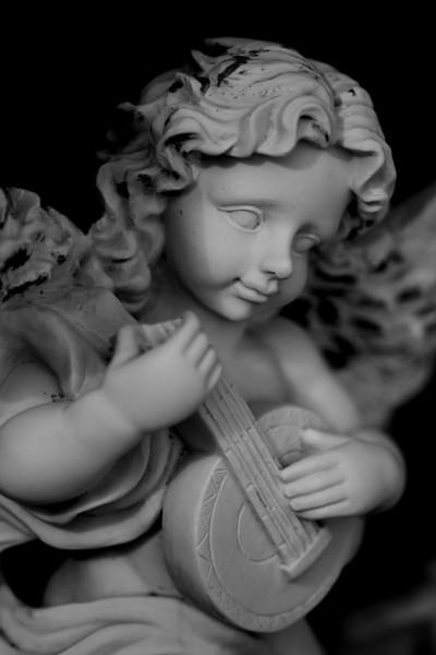 Singing deceased to sleep - Sue Anderson