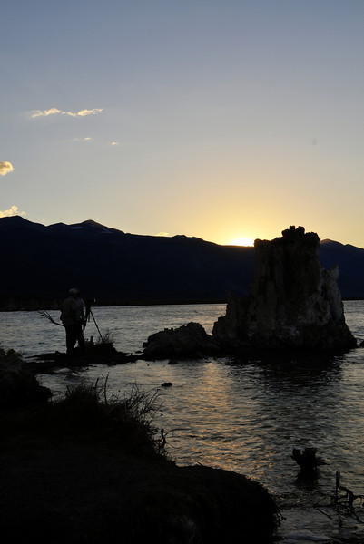 Sunset over Mono Lake, Tuffa and photographers.  BV