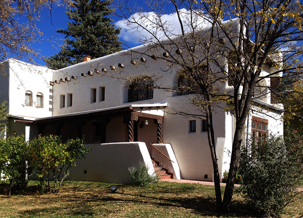 While visiting Jinx in Taos she took me to the Fechin House/Taos Art Museum. Fechin took 6 years to handbuild this home including custom-made furnishings. Very impressive!  October, 2014.