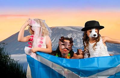 //www.dreamstime.com/stock-photography-sunrise-mount-kilimanjaro-image10175112