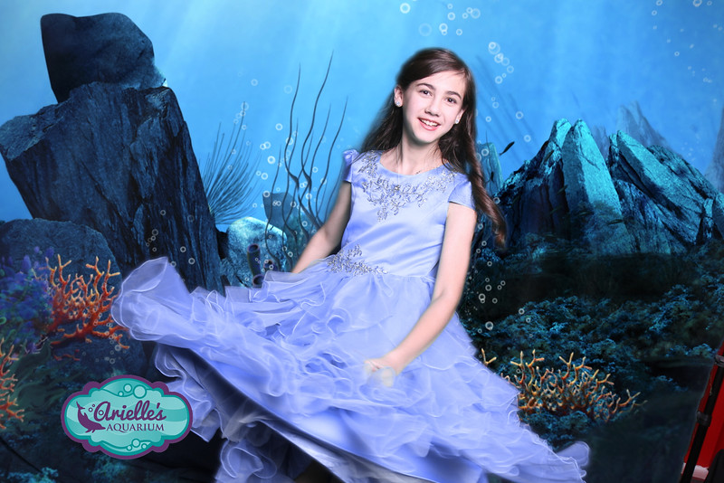 Arielle's Bat Mitzvah Party Photo Booth at Baltimore National Aquarium