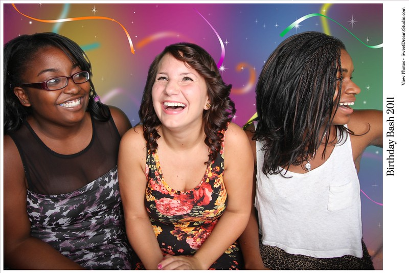 photo-booth-rental-birthday-party (2)
