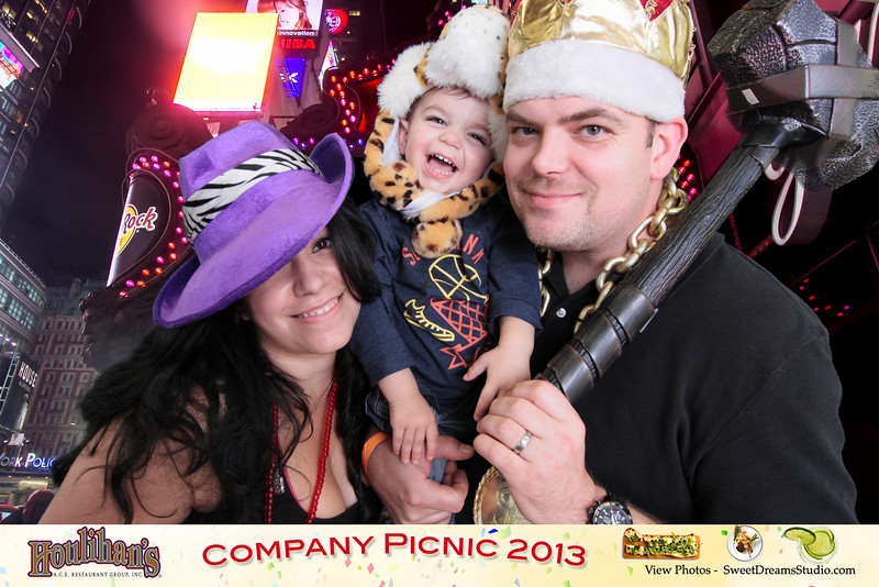 Photo Booth for Houlihan's Company Picnic at Forest Lodge Catering in Warren NJ