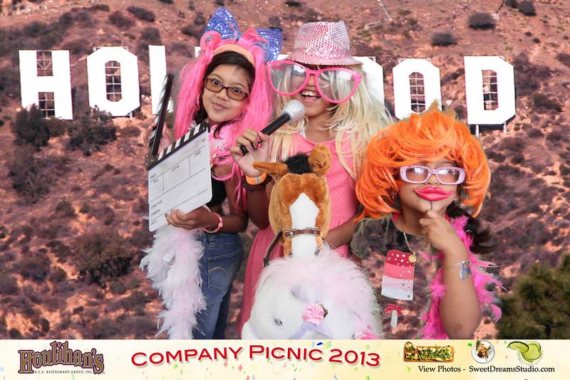 Houlihans company picnic NJ