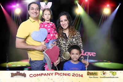 Houlihans Company Picnic 2014