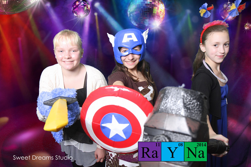 bat mitzvah party photography booth