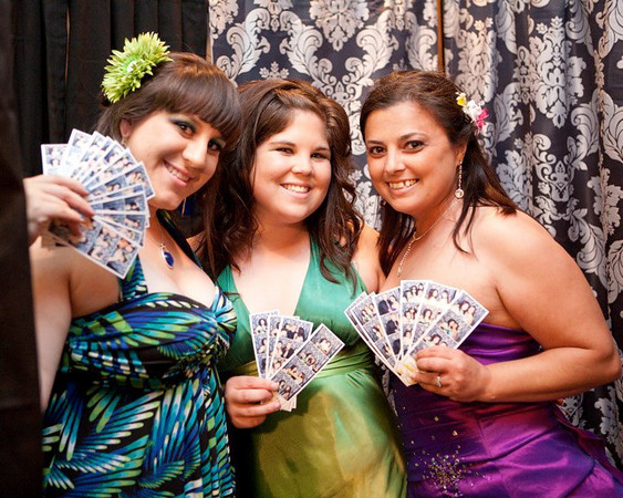 "<a href=""http://www.localphotoboothrentals.com"" target=""_blank"">Photo Booth Rentals: Kingsburg, CA</a>"