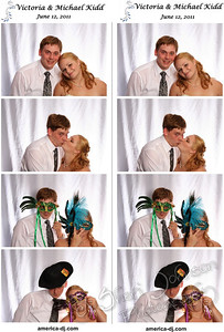 Bride and Groom on their wedding day in the photo booth