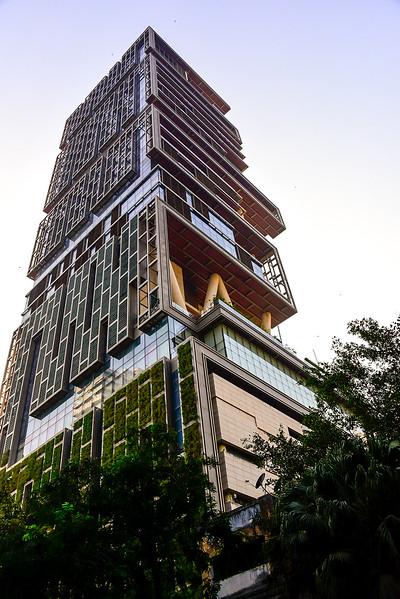 the $1B USD 27 floor house, spectacular