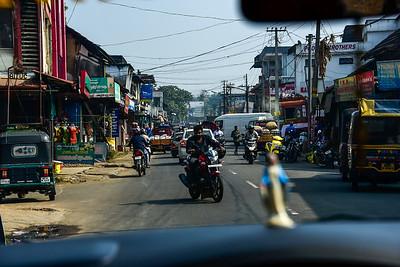 Munnar - small town, crazy roads
