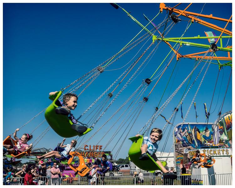 Swinging Retro Kids