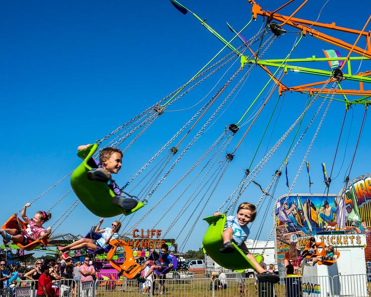 Swinging Kids