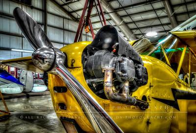 Piper J-3 'Cub' motor and propeller