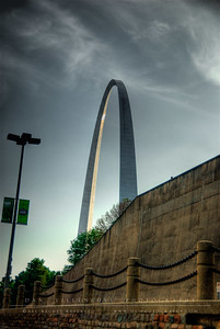 The Arch as seen from N Leonor K Sullivan Blvd.