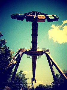 Xcalibur (Six Flags St. Louis)  Little Photo