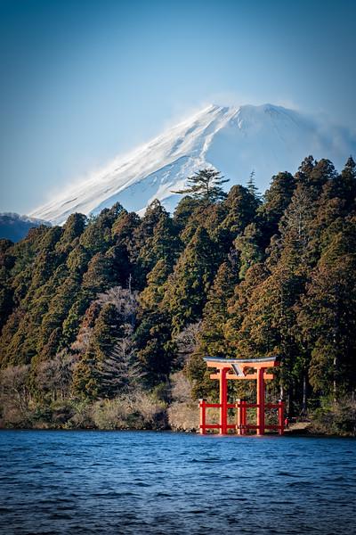 Snow on Fuji 3