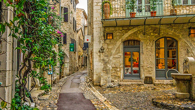 Path way St. Paul de Vence, France