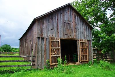 028-1840_ barn