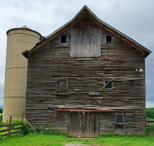 030-barn_silo