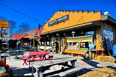 Liepers Fork, TN (Pucketts Grocery & Restaurant)