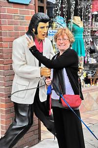 Nashville_Broadway_MA&Elvis_RAW2246