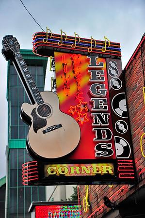 Nashville's Broadway Street Honky Tonks