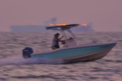 09292017_Texas_City_Dike_Blurry_Fishing_Boat_500_2298