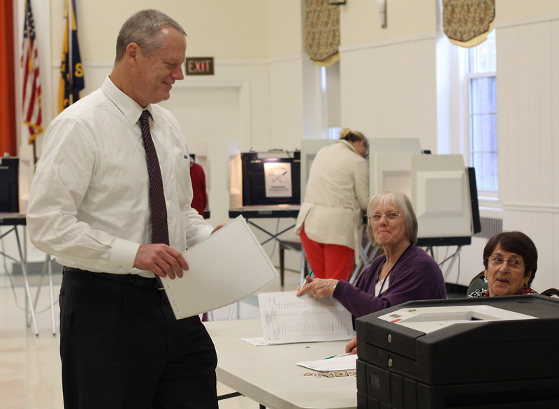 Swampscott, Ma. 4-25-17. Governor Charlie Baker votes at the First Church Congregational in Swampscott today.