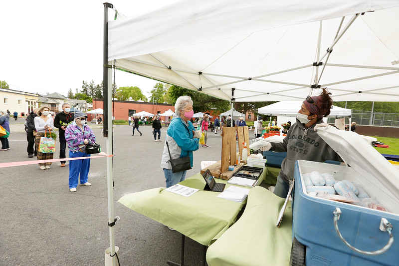 Thursday Market in the South Perry District